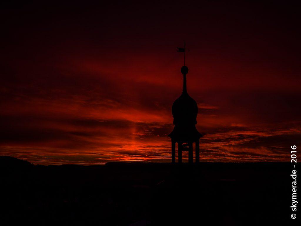 Sonnenaufgang Kirchturm